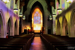 Różne modele zarządzania kościołami