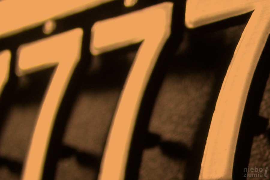 Siedemdziesiąt siedem razy siedem